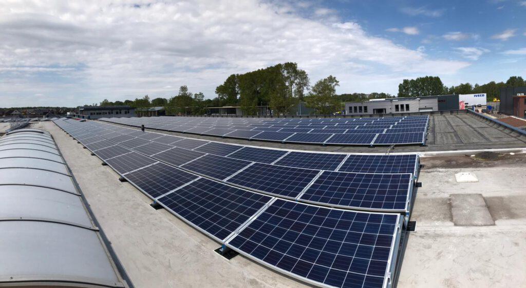 zonnepanelen dak met als dienst advies en begeleiding